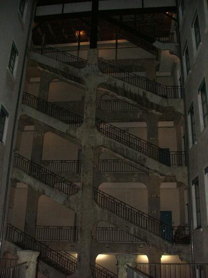 Encore un escalier magnifique